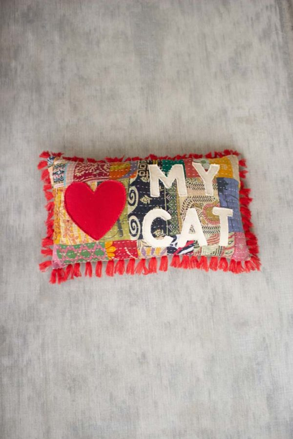 Great-Finds-Parker-Products-Kalalou-love-my-cat-kantha-pillow
