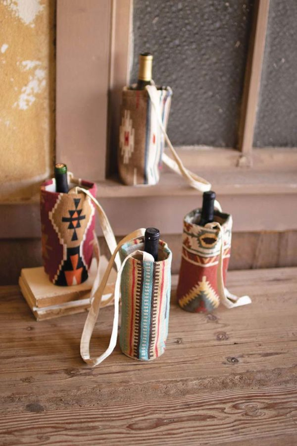 Great-Finds-Parker-Products-Kalalou-set-of-4-printed-southwest-wine-bags-01