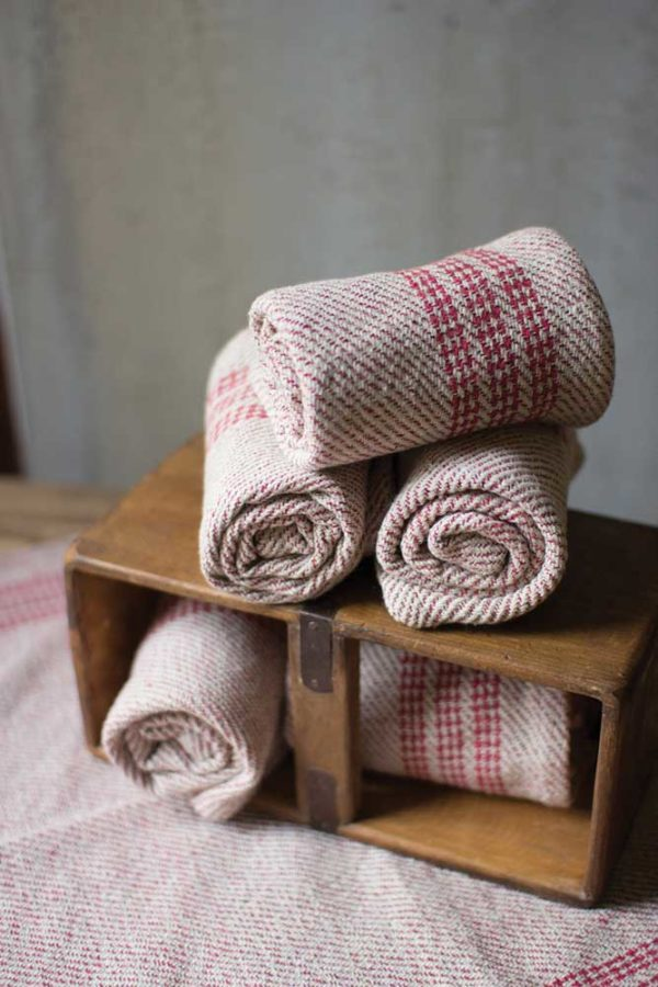 Great-Finds-Parker-Products-Kalalou-set-of-6-red-cotton-kitchen-towels