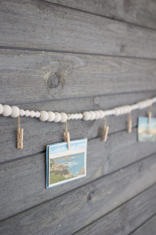 Great-Finds-Parker-Products-Kalalou-wooden-garland-with-clothes-pins